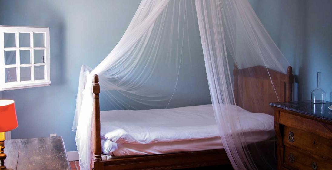 Spectacular hilltop wedding venue - bedroom
