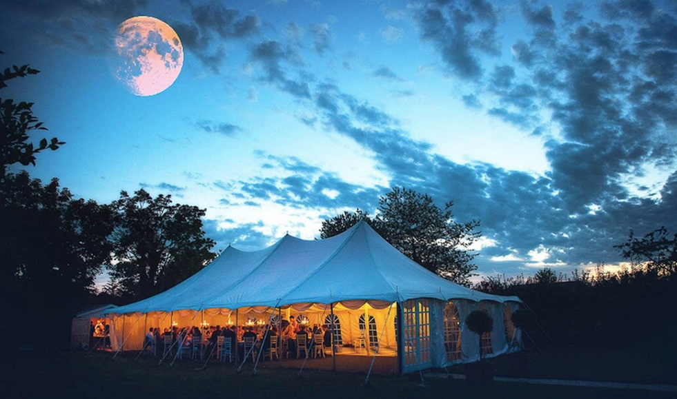 Luxury 19th century château venue - marquee under the moon