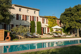 Wonderful wedding venue with panoramic views, lovely gardens and a swimming pool near Carcassonne. Sleeps 12, caters for up to 80