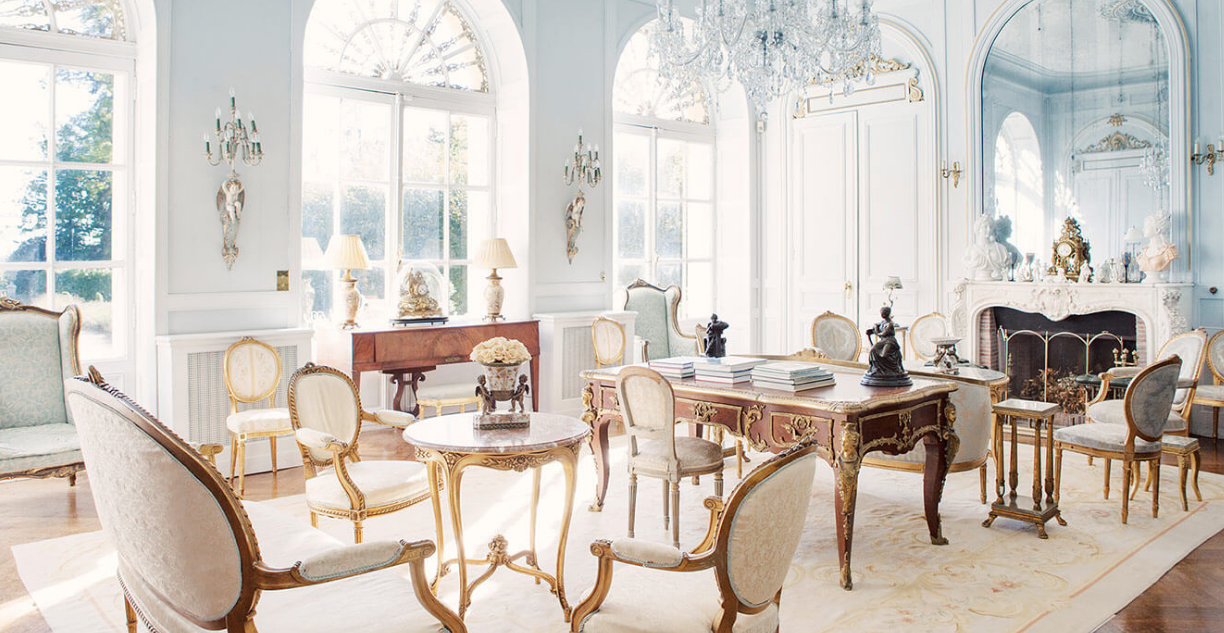 Luxury 19th century château venue - white salon