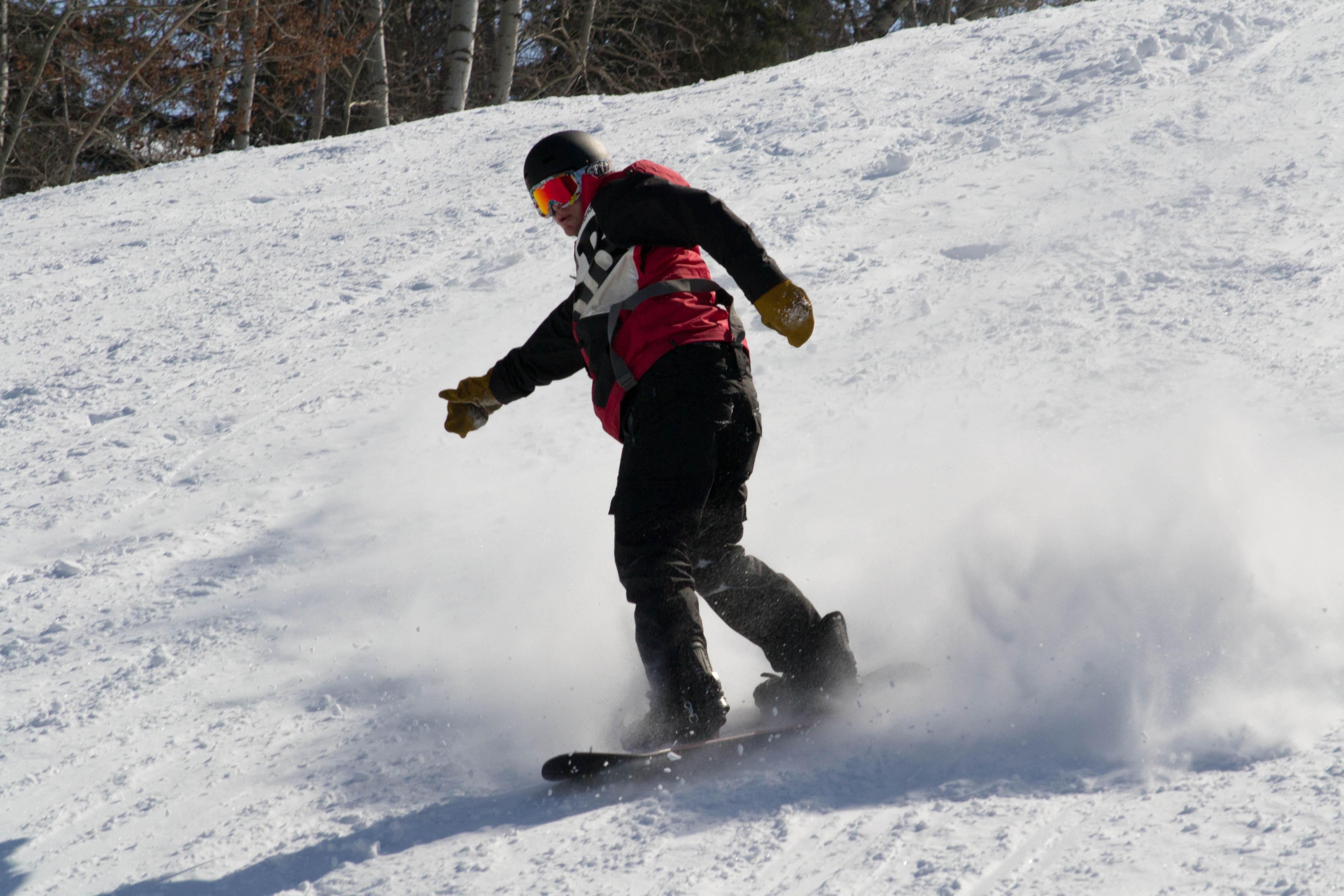 Private Snowboard Lesson 60-7yrs & older