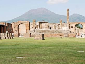 When in Pompeii...
