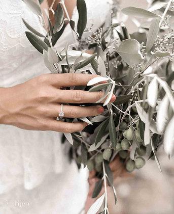 Tuscany olives bouquet