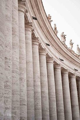 Vatican columns wide
