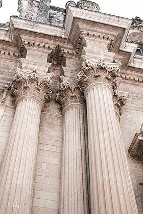Lecce Columns