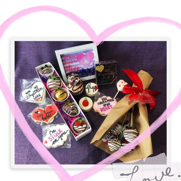 valentines gifts cupcake junkie.jpg