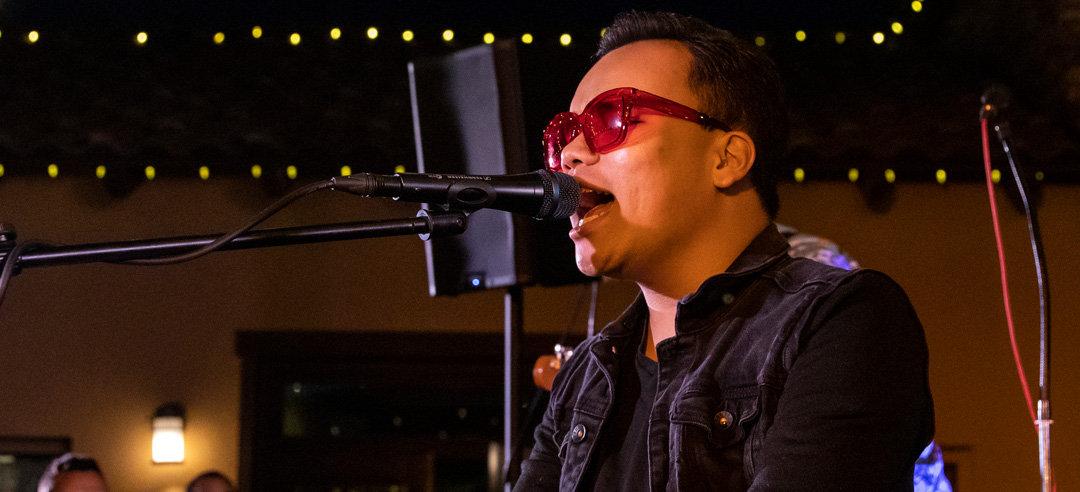 Kodi-singing-live.jpg