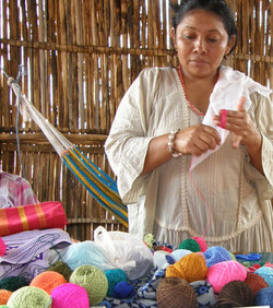Fair trade weavers in Colombia