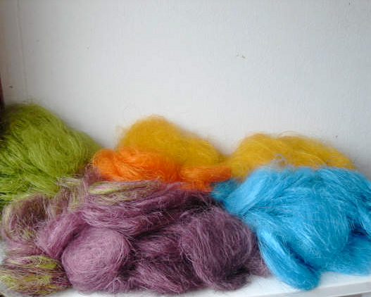 wool for weaving fair trade bags