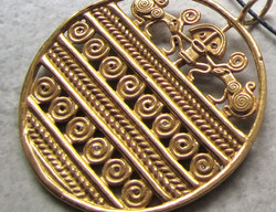 Pre-Columbian Style Pendant in Gold