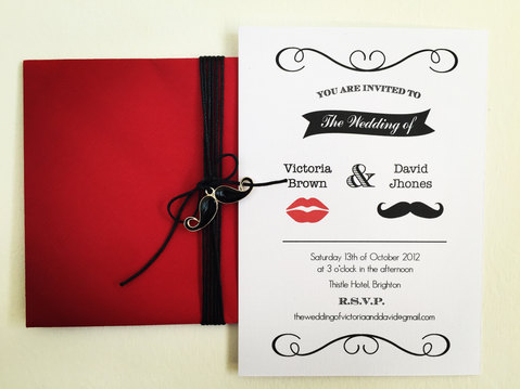 Invitación simple mustache