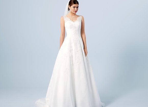Lilly Bridal - Style 3713