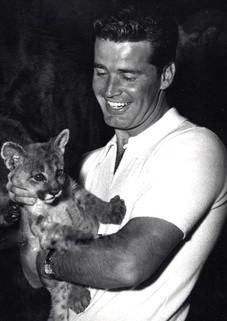 JAMES GARNER & LION CUB
