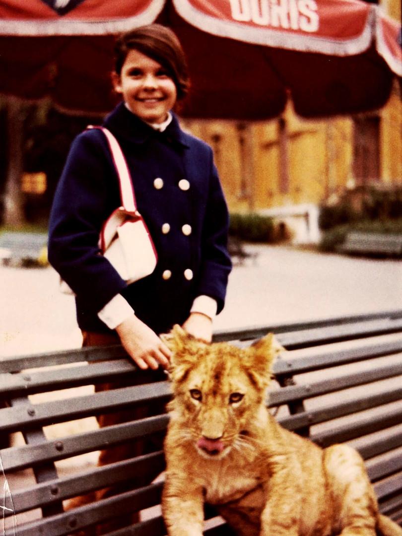 GIGI AND LION CUB - ROMA