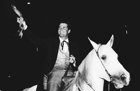 JAMES GARNER ON WHITE HORSE