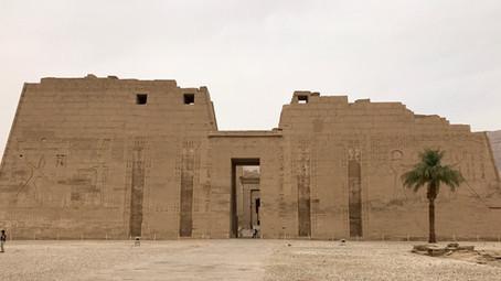 19- Le temple de MEDINET HABOU