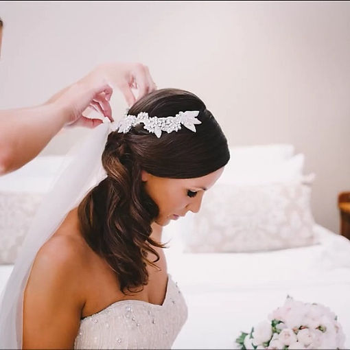 Getting #beautifulbride Kylie ready on h