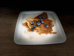 Almond crêpes