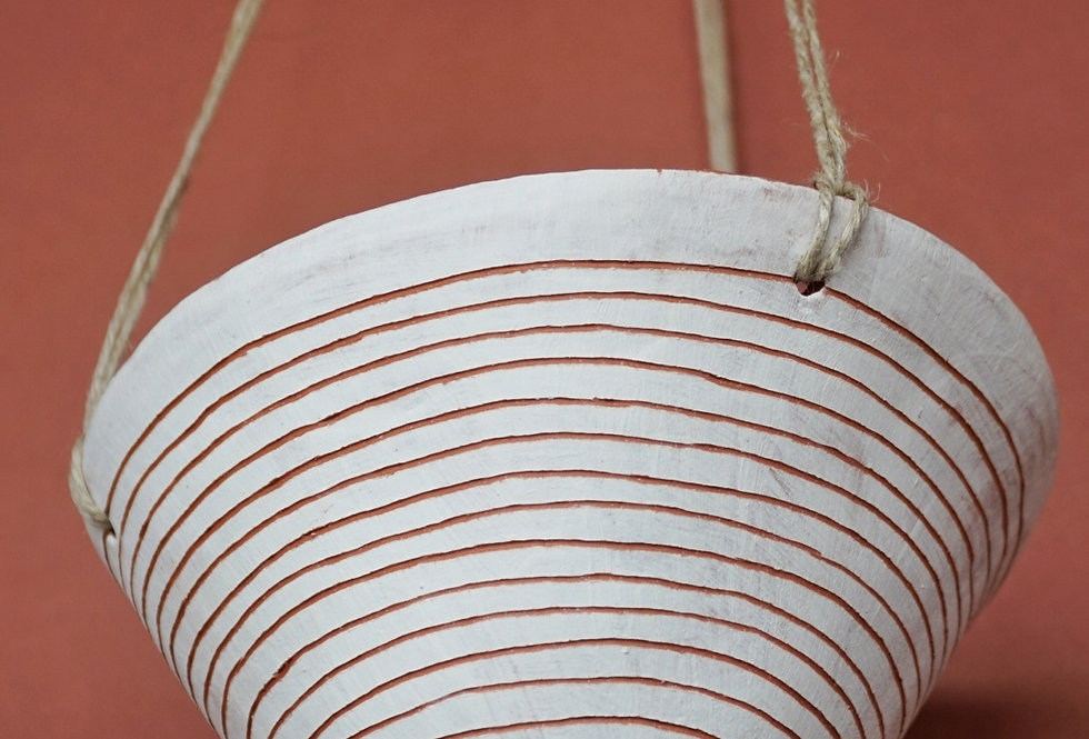 "White & Terracotta Hanging Planter w/ ""Horizon Line"" Design"