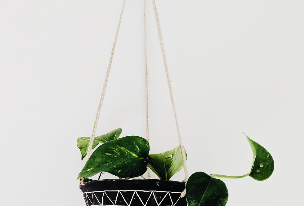 - GEO FRIEZE - hanging planter