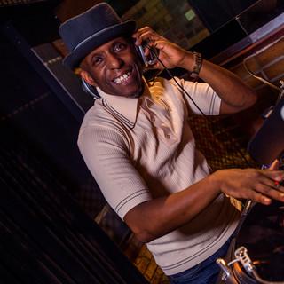 DJ PERRY LOUIS (UK)