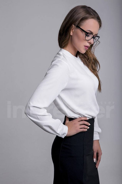 White round neck blouse