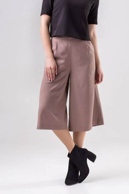 Beige culottes pants