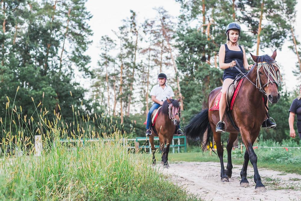 Романтическая конная прогулка, Киев, Сервис романтики Альтечо