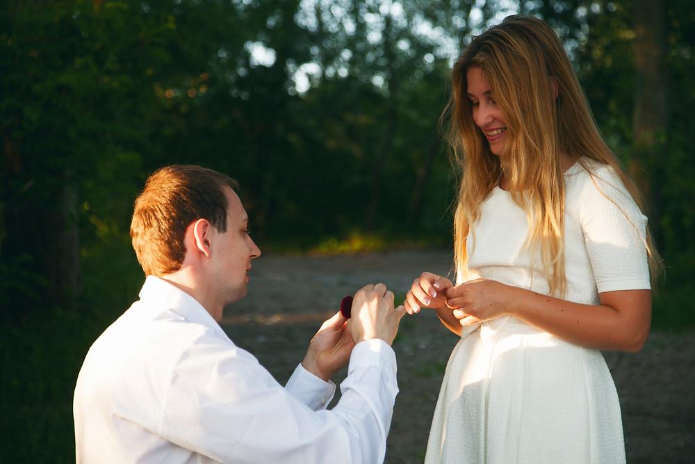 Предложение руки и сердца на пляже, Киев, сервис романтики Альтечо