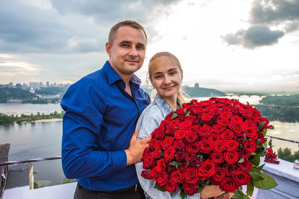 Предложение руки и сердца на крыше Альтечо, Киев