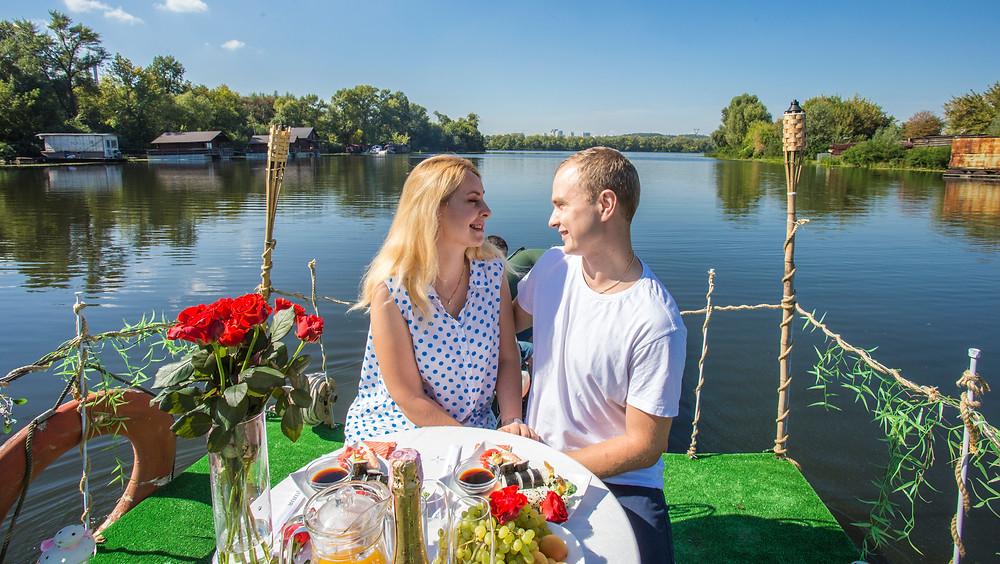Романтическое свидание на плоту, сервис романтики Альтечо