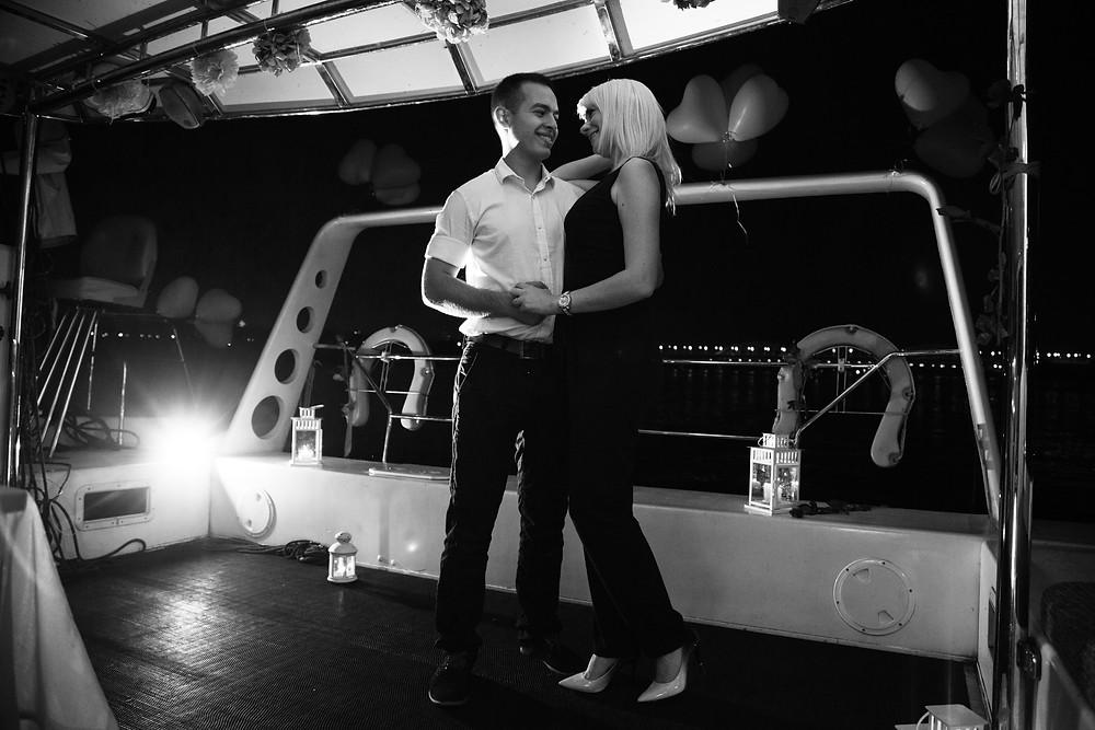 Прекрасный вечер на яхте, Киев, сервис романтики Альтечо