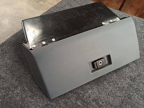 Porta Luvas Chevette Cinza Monocromático Original Completo