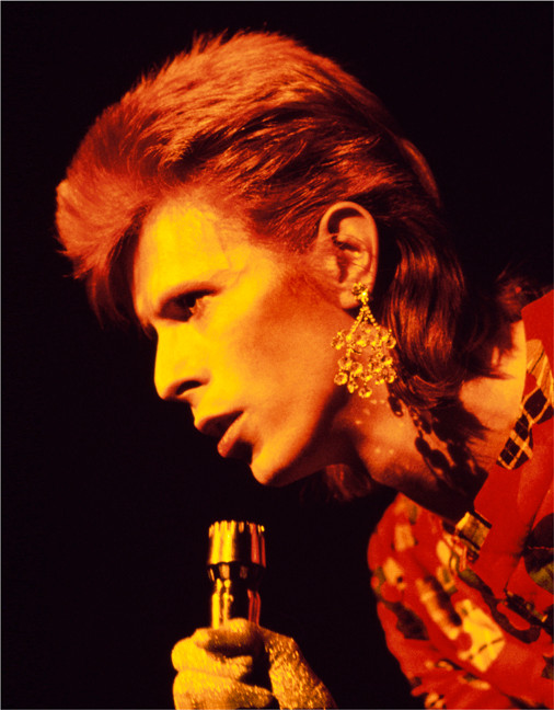 Bowie_WithEarringScotLand1973_