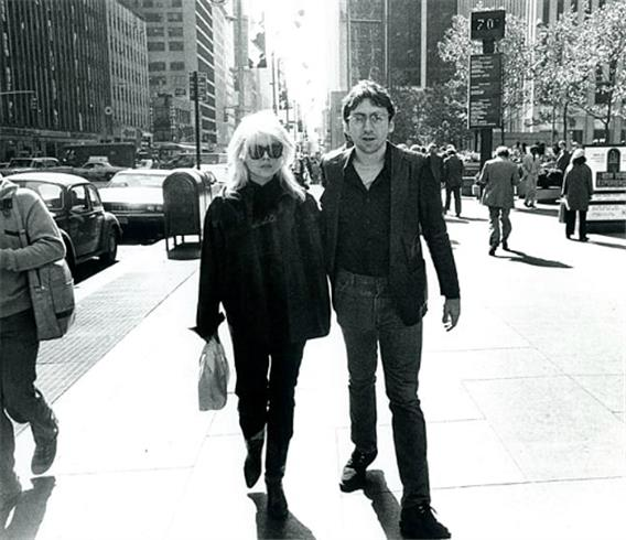 Debbie Harry and Chris Stein, Blondie, Sixth Ave., NYC, 1978 © David Godlis, 1978