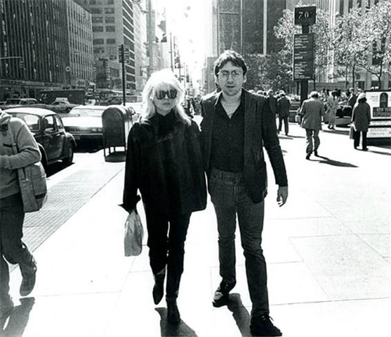 Debbie Harry and Chris Stein on the street