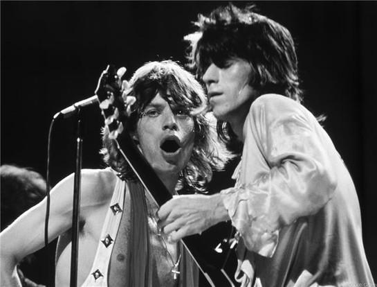 R-38_RollingStones_Mick_Keith1972_Gruen.