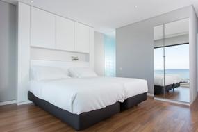 Praia de Santos Guesthouse Deluxe Bedroom