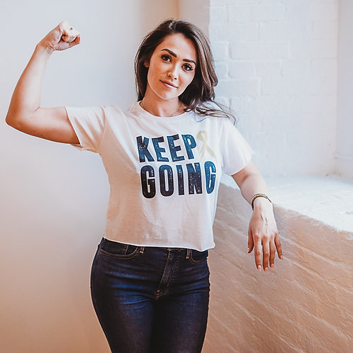 Keep Going Gold Women's Cropped Tee