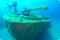 wreck_diving.jpg