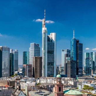 PIC010004123-Skyline_von_Frankfurt-Leinw