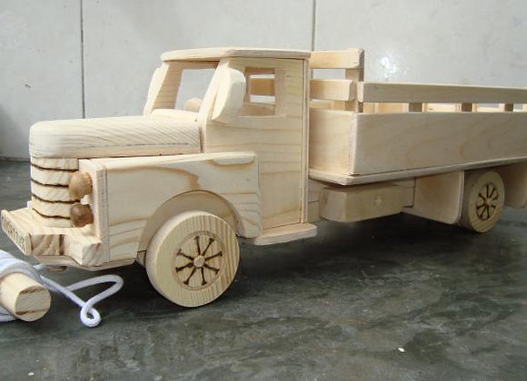 Réplica de Caminhão (Pau-de-arara)
