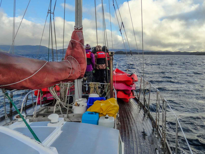 Learning to sail with Blue Mountain College