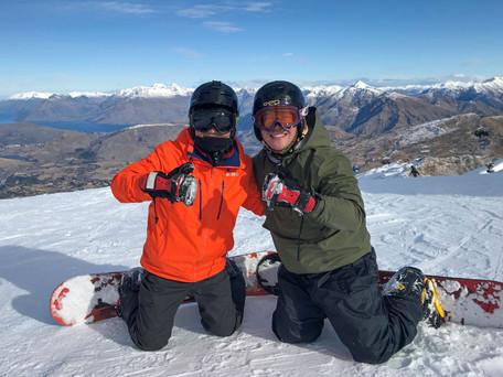 Moyuru Snowboarding -2.jpg
