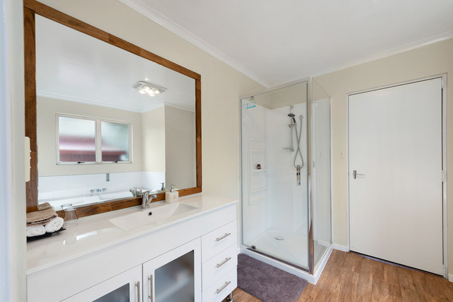 Bathroom with shower & vanity