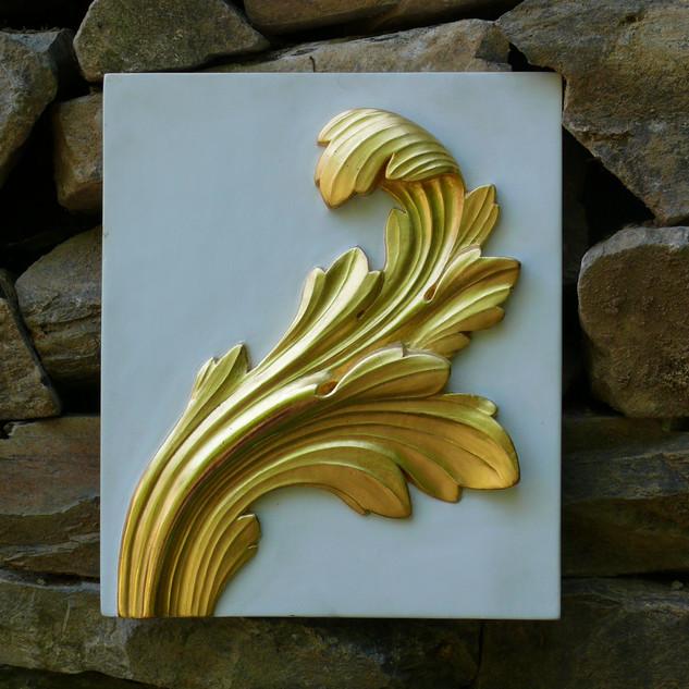 Acanthe en bois sculpté