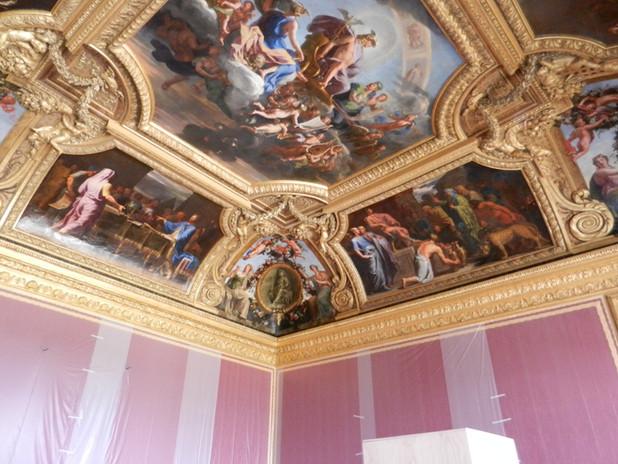Restauration des dorures du Salon de Mercure, Château de Versailles, 2012.