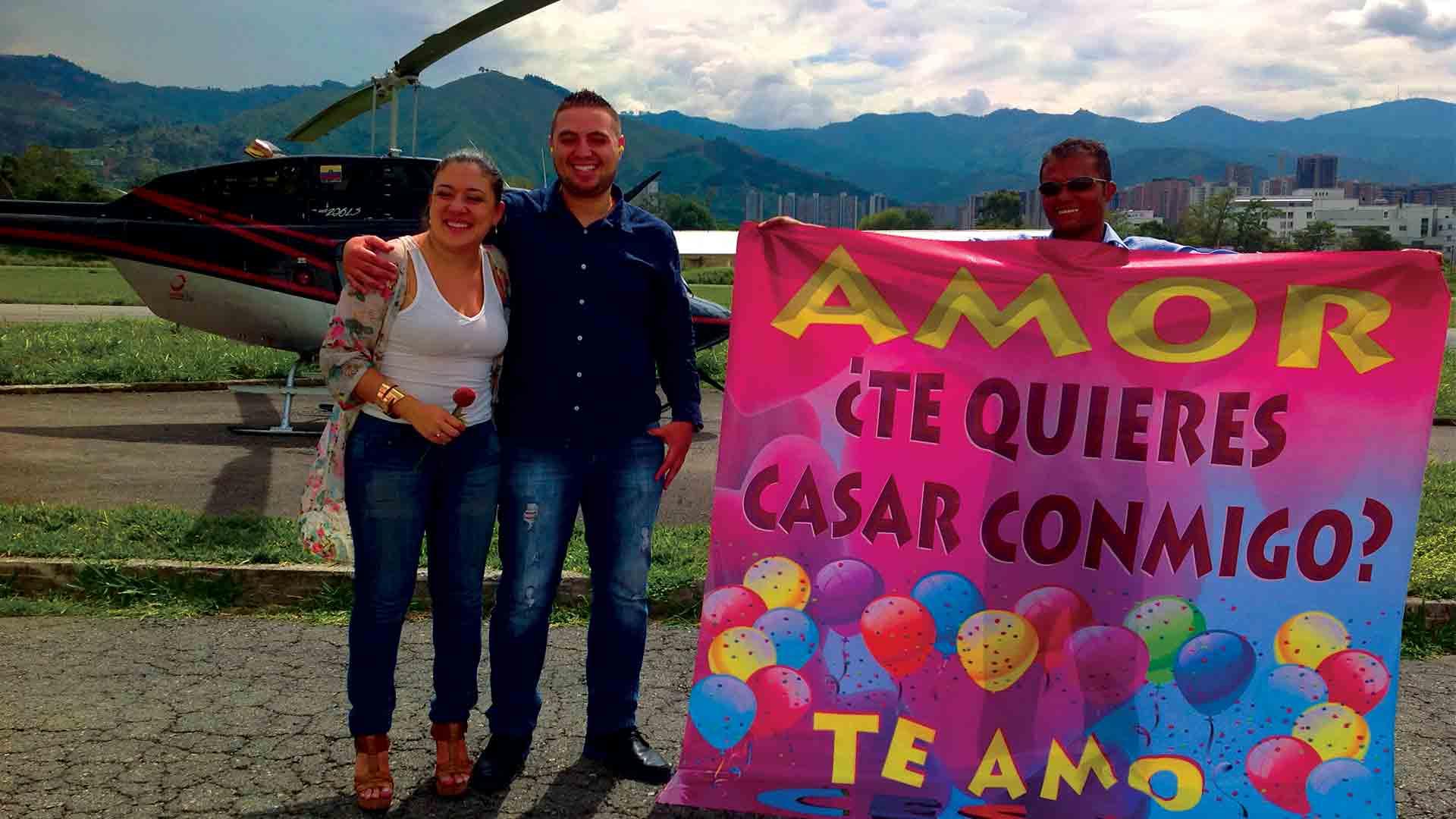 Le-pidio-matrimonio-por-todo-lo-alto-con-Fly-Colombia