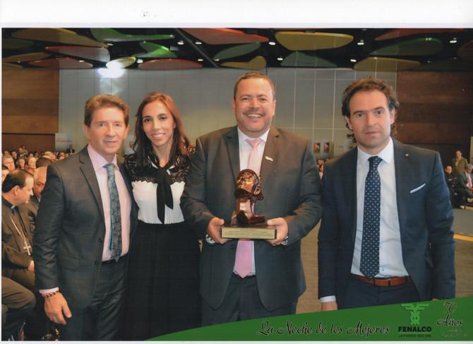 Premio al emprendimiento, en la Noche de  los Mejores de Fenalco Antioquia.