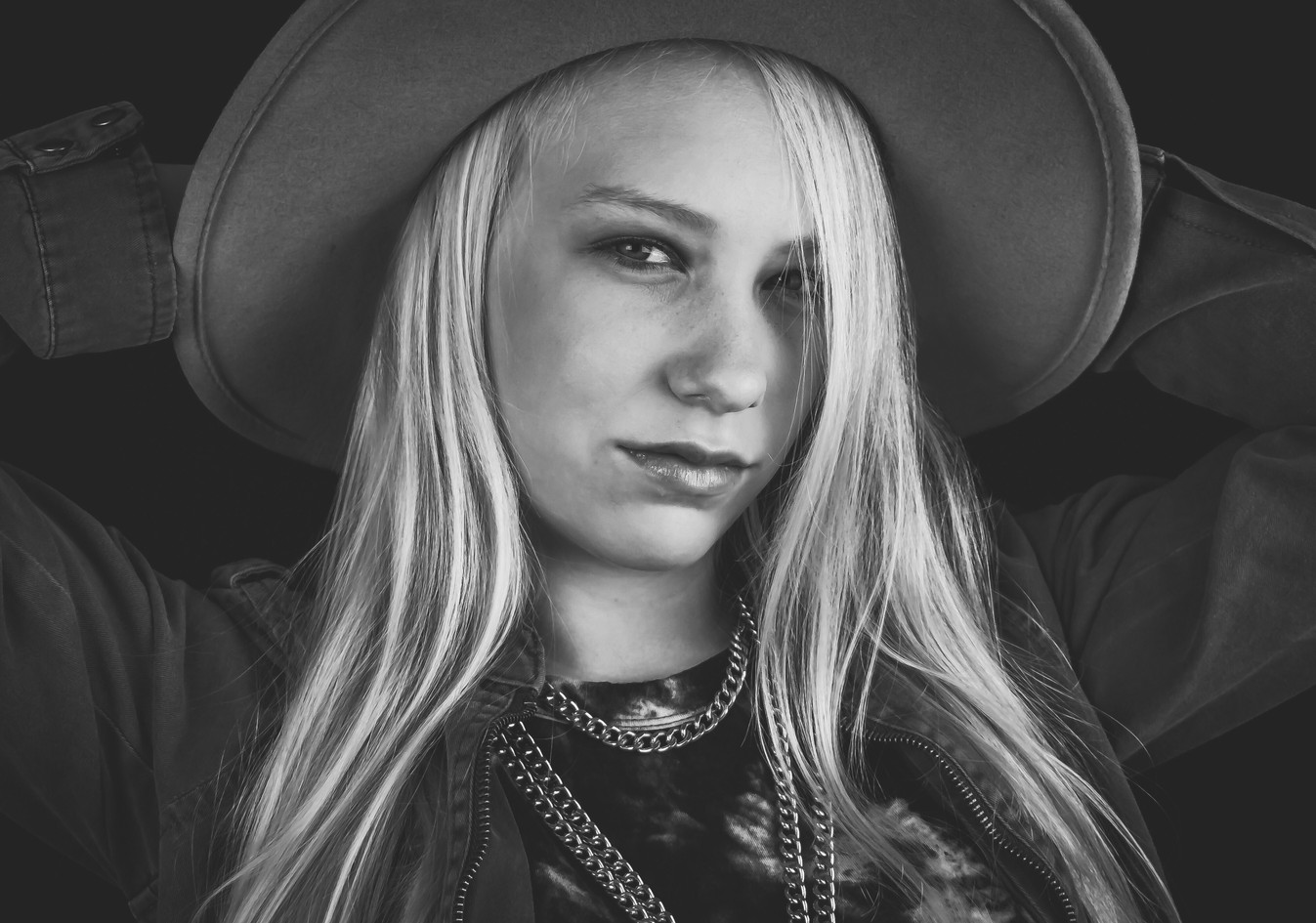 PHOTOGRAPHY OAK HARBOR WHIDBEY ISLAND SEATTLE PORTRAITS SENIOR PICTURES